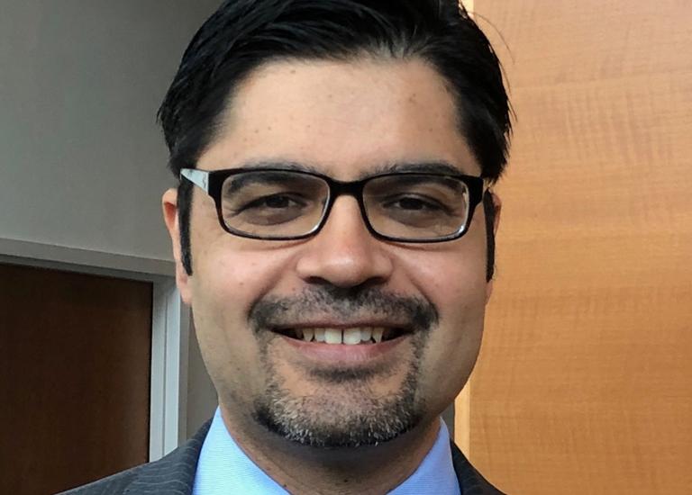 Kamran Mahmood, MBBS, FCCP